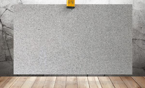 Гранит серого цвета Bianco Sardo