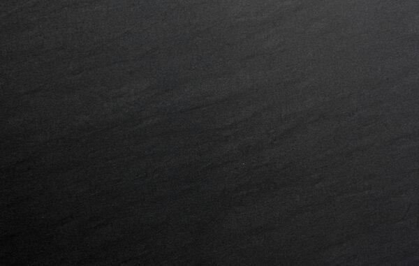 слэб кварцита carbon grey honed